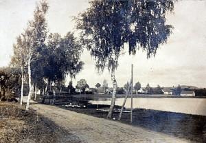 historia, wieś kuty, wjazd, droga, trakt, ulica, jezioro, domy