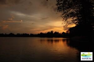 zachód słońca, jezioro, kuty, czarna kuta