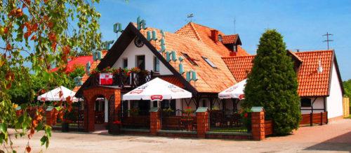 Hotel i restauracja Stara Kuźnia w Ogonkach