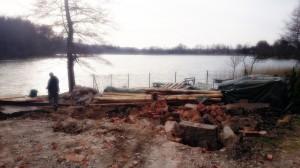ruina, piwnica, burzenie, teren zielony, jezioro