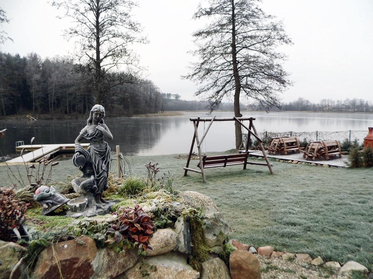 zima, mazury, jezioro czarna kuta, kuty, mazurski raj