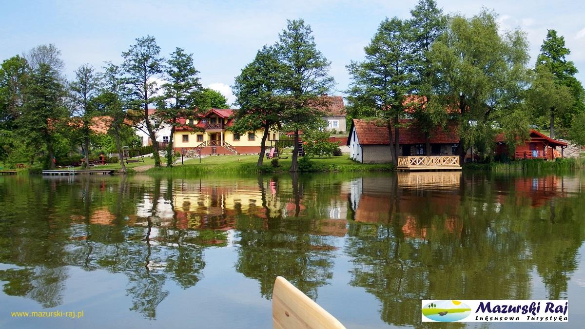 Mazurski Raj, dom, kuźnia, taras na jeziorze,